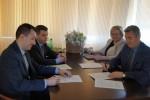 """Podpisano umowy o dofinansowanie zadania pn. """"Zakup sprzętu do prowadzenia gospodarki wodnej na terenie Powiatu Wschowskiego"""""""