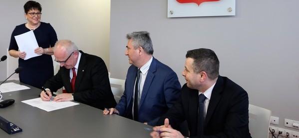 podpisanie umowy ul.Kamienna