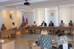 Spotkanie z dyrektorami szkół i placówek w aspekcie rozpoczęcia roku szkolnego  w sytuacji pandemii COVID-19