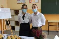 Poczęstunek przygotowali uczniowie Technikum Żywienia i Usług Gastronomicznych I Zespołu Szkół.